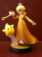 Golden Rosalina - Custom amiibo by kamon-san