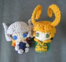 Crochet Thor and Loki by seraphpiyo
