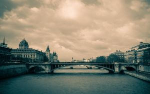 Pont Notre Dame II by NaKhym