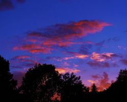 Red clouds by LadyNeni