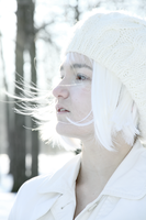 White neiges by ZeTrystan