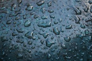 Raindrops in Paris by monophoto