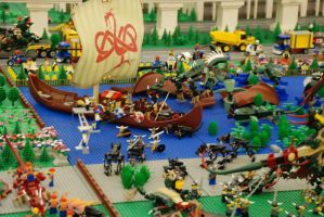 Lego City No.6: The War Begin by kn33cow