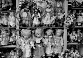 Dolls for sale by lpetrusa