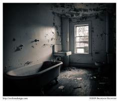 Gulick House: Bathroom by BrandonRechten