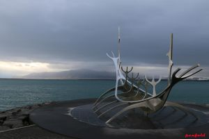Sun Voyager by penfold73