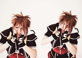 Kingdom Hearts II - Sora Cosplay BY The SC Cosplay by theSCcosplay