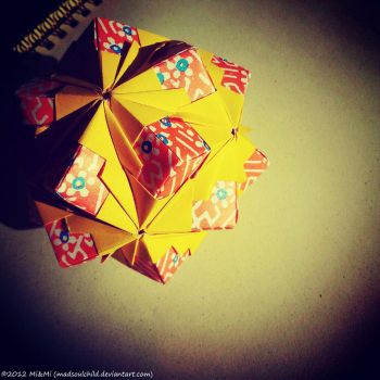 Modular Origami (Floral Globe) by MadSoulChild