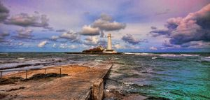 St. Mary's Lighthouse by LuntPhotography