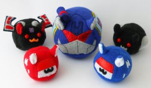 Puggleformer Soundwave and Family by callykarishokka