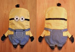 Minion by lilla-miss-blue