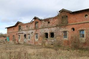 Abandoned building Stock 10 by Malleni-Stock