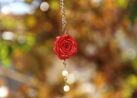 flower of the necklace by M3los93