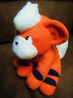 Growlithe Plushie by Pickelicious