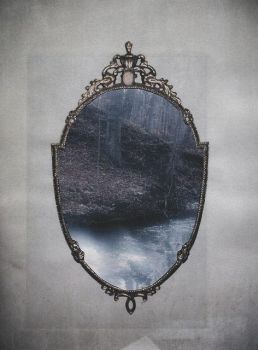 Mirror I by UnePetiteMinette