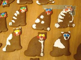 Gingerbread Cats 02 by ConfusedLittleKitty