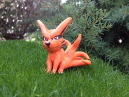 Kurama bottle cap figure by LarayaDracomshu
