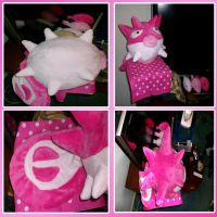 Shiny Qwilfish Plushie by saiyamewome