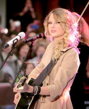 Taylor Swift 08 by asyouforget