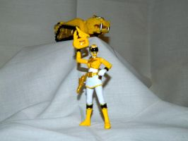 Yellow Ranger with Tiger Mechazord by LinearRanger
