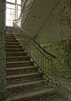 13-06 Staircase Green by evionn