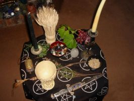 pagan alter mabon by Estruda
