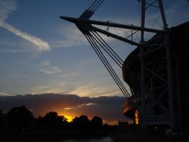 Sunset in Cardiff by Indieboy2