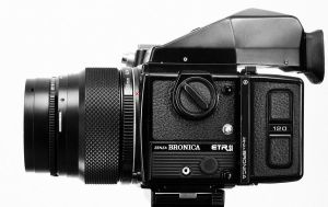 Bronica ETRsi by rabbit888