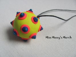 Neon ball necklace by kolkrisz