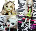 MH Frankie repaint #19 ~Gwen~ by RogueLively