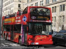 NY Tour Bus by kykiske20022003