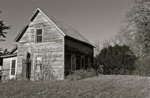 abandoned home photography by DJmaddison00