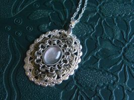Ione by BlackWings-jewelry