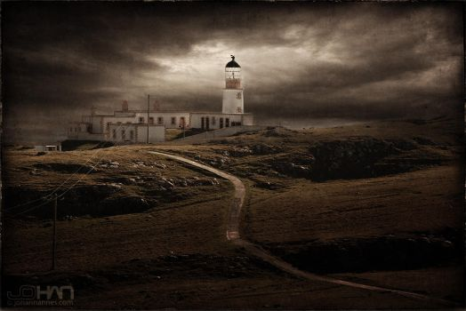 Neist Point Lighthouse by nahojsennah