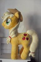 My Little Pony Applejack 1 by CINNAMON-STITCH