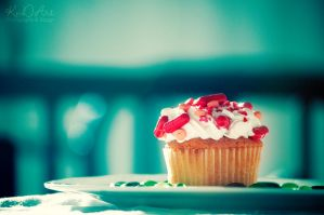 Pills Cupcake by cande-knd