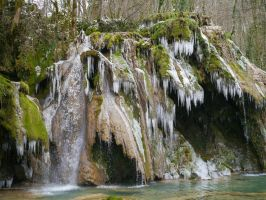 Cold waterfall by Mavricot