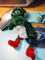 Pipecleaner yoshi by Umulu