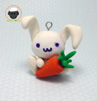 Bunny with Carrot by Hybrid-Sheep