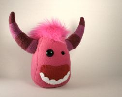 Punky the Monster Plushie by Saint-Angel