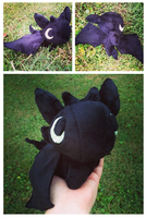 Toothless Beanie Palm Plush by GlacideaDay