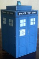 TARDIS Cubee by paperart