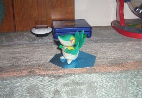 Tsutaja Figure 1 left  angle by Charmeleon221