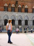 people in Siena by st2wok
