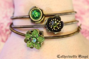FairyPunk Bracelet with Green Flowers by CatherinetteRings