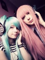 Instant Cosplay Miku Hatsune and Luka Megurine by Qumin
