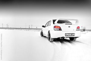 In white HDR by HDRenesys