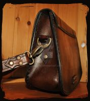 Shoulder Bag Octopus side view by Lagueuse