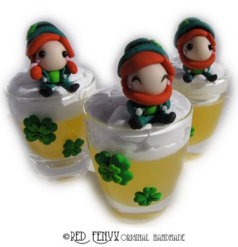 Leprechauns on beer pints by RedFenyx