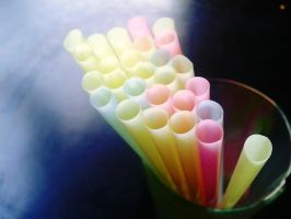 Straws by res32